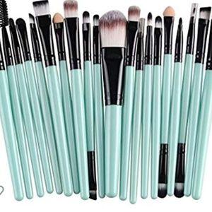 20pc mint light green makeup set brushes